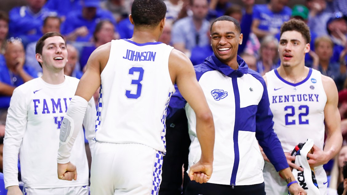 size 40 d368c 9a05c Kentucky physically overwhelms Abilene Christian in NCAA Tournament opener